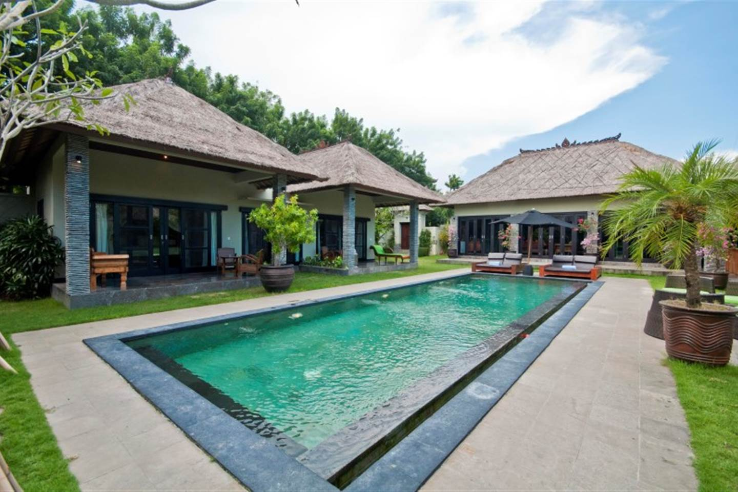Beautifully Decorated Villa Mahkota