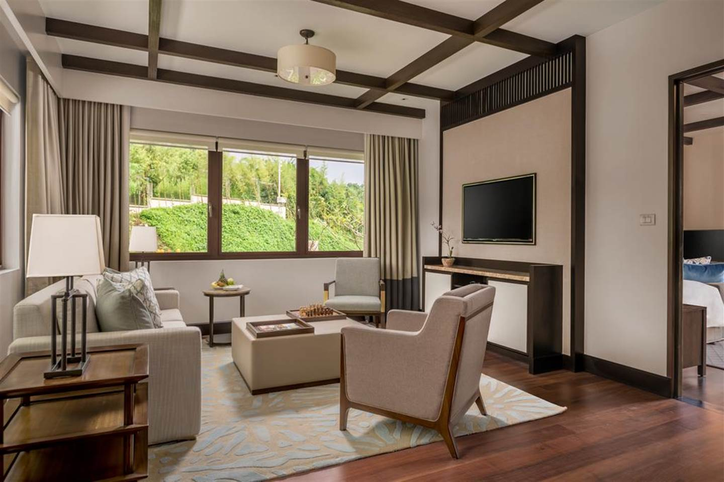 Delighful Veranda Suite 1